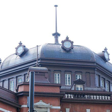 東京駅丸の内駅舎屋根飾り